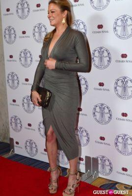 leann rimes in Women's Guild Cedars-Sinai Annual Gala