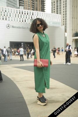 leren li in NYFW Style from the Tents: Street Style