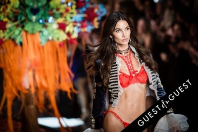 lily aldridge in Victoria's Secret Fashion Show 2015