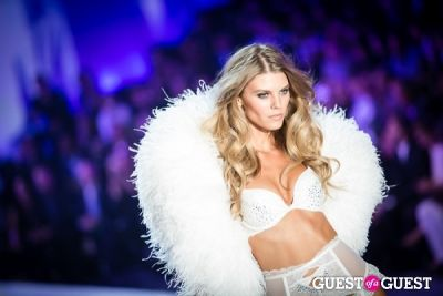 lily donaldson in Victoria's Secret Fashion Show 2013