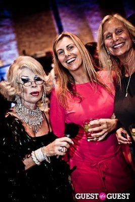 linda axelrod in Onassis Clothing Launch Event