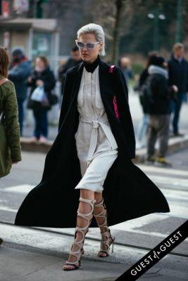 linda tol in Milan Fashion Week PT 2