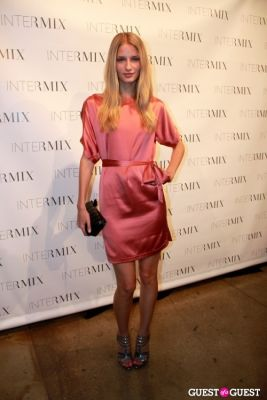 linda vojtava in INTERMIX Celebrates Summer