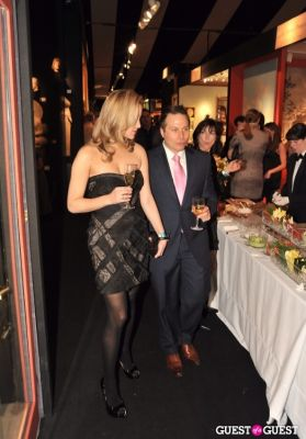 linette semino in Winter Antiques Show Young Collectors Night