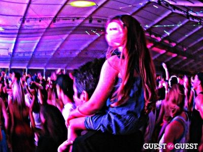 little girl-enjoy-all-access-passes-at-calvin-harris-at-coachella in Everything Coachella: Backstage & On Stage & Secret After Show Performances & VIP Pool Parties