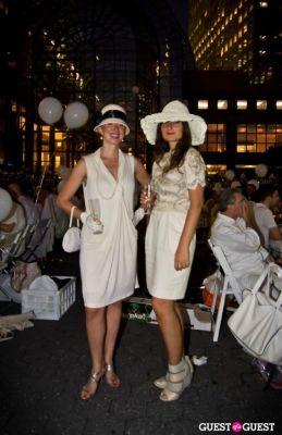 lucy lang in Diner En Blanc's New York Premiere