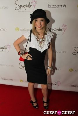 madison leisle in Bellacures Salon Grand Opening VIP Mix and Mingle
