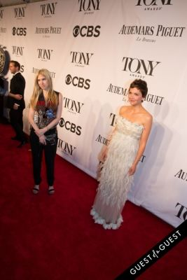maggie gyllenhaal in The Tony Awards 2014