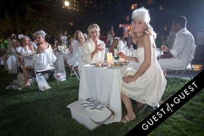 maggie williams in Diner En Blanc NYC 2014