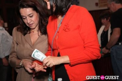 maria and-sandra-valcarcel in Casino Night at the Community House