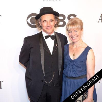 claire van-kampen in The Tony Awards 2014
