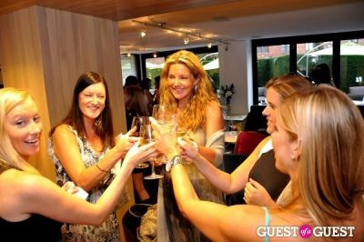 mary amons in Kelly Bensimon Book Party With Gilt City