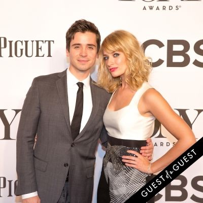 beth behrs in The Tony Awards 2014