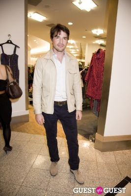 matthew settle in Alice and Olivia Opening