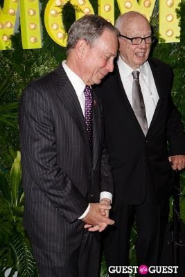 mayor michael-bloomberg in MOMA Party In The Garden 2013