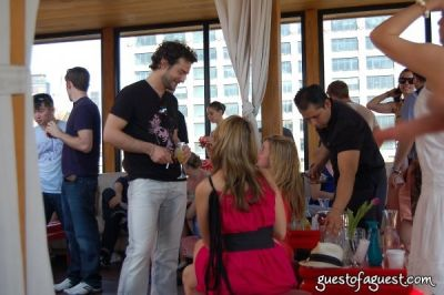 michael gogel in Rooftop Brunch at Hudson Terrace