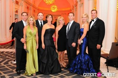 mr. and-mrs.-jay-martin in American Heart Association 2012 NYC Heart Ball