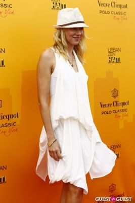 naomi watts in Veuve Clicquot Polo Classic at New York