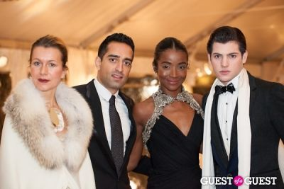 genevieve jones in New York Botanical Garden Winter Wonderland Ball