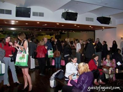 natasha russ in BagTrends Green Arm Candy Party