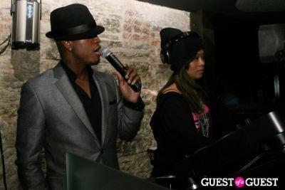 ne yo in Alfani Red Hosts Ne-Yo Listening Party