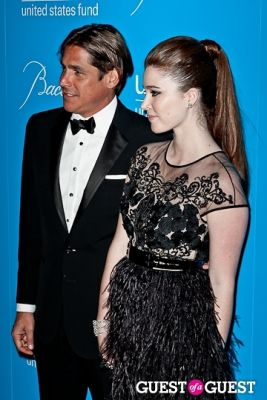 nell diamond in The 8th Annual UNICEF Snowflake Ball