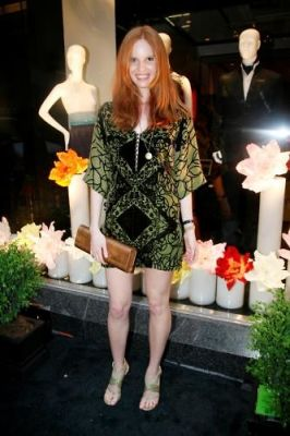 nell rebowe in Shanghai Tang Boutique Opening