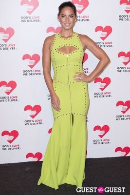 olivia munn in God's Love We Deliver 2013 Golden Heart Awards