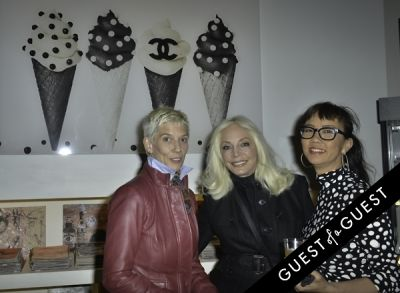 tina hillstrom in Mouche Gallery Presents the Opening of Artist Clara Hallencreutz's Exhibit