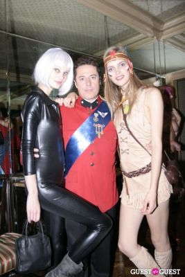 mirte maas in Lovecat Magazine Halloween Dinner Hosted by Jessica White and Byrdie Bell