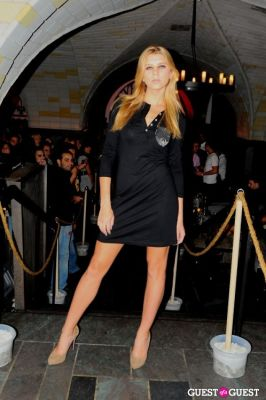 rachel donohue in Ball And Buck Fashion Show at Bryant Park Hotel