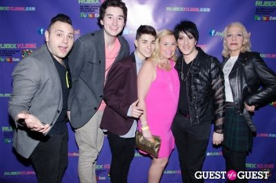 nick tangorra in Rubix Kube With Rob Affuso of Skid Rowe and Rob Base