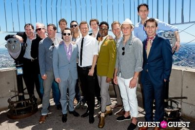 billy porter in Tony Award Nominees Photo Op Empire State Building