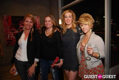 amanda nix in Blo Bar & Refine Mixers Pre-Grammy Beauty Event