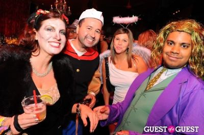 sam soletti in SingleAndTheCity.com Hosts Halloween Singles Party