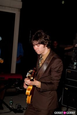 ryan ross in The Young Veins: Rooftop Performance