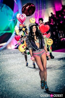 sara sampaio in Victoria's Secret Fashion Show 2013