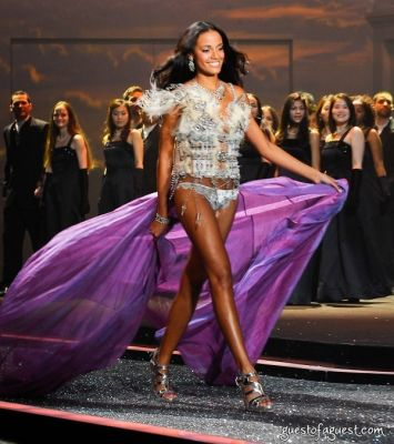 selita ebanks in Victorias Secret Fashion Show