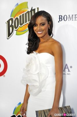 selita ebanks in 11th Annual Art for Life Garden Party