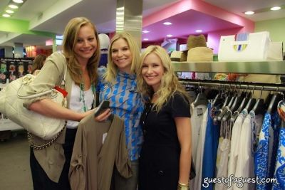 carly press in Sip & Shop for a Cause benefitting Dress for Success