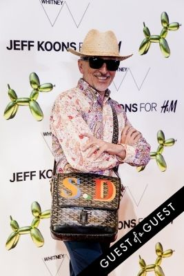 simon doonan in Jeff Koons for H&M Launch Party