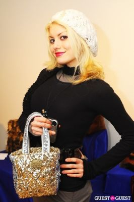 steph rai in PAMPERED ROYALE BY MALIK SO CHIC Fall 2011 Handbag Launch