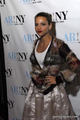 stephanie newhouse in ART ROCKS BENEFIT - Bowery Hotel
