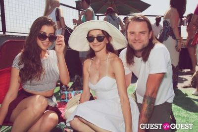 taylor ann-trad in FILTER x Burton LA Flagship Store Rooftop Pool Party With White Arrows