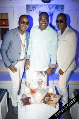 the von-boozier-twins in The Untitled Magazine Hamptons Summer Party Hosted By Indira Cesarine & Phillip Bloch