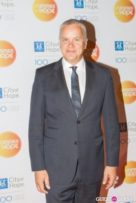 tim robbins in City of Hope's 2013 Summer of Hope Celebration