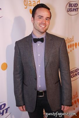 todd alsup in 8th Annual GLAAD OUTAuction Fundraiser