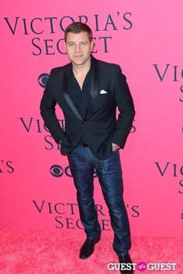 tom murro in 2013 Victoria's Secret Fashion Pink Carpet Arrivals
