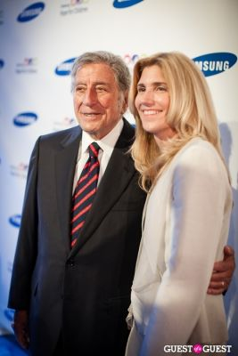 tony bennett in Samsung Hope For Children Gala 2013