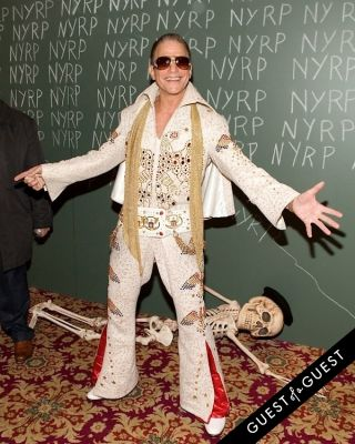 tony danza in Bette Midler Presents New York Restoration Projects 19th Annual Halloween Gala: Fellini Hulaweeni